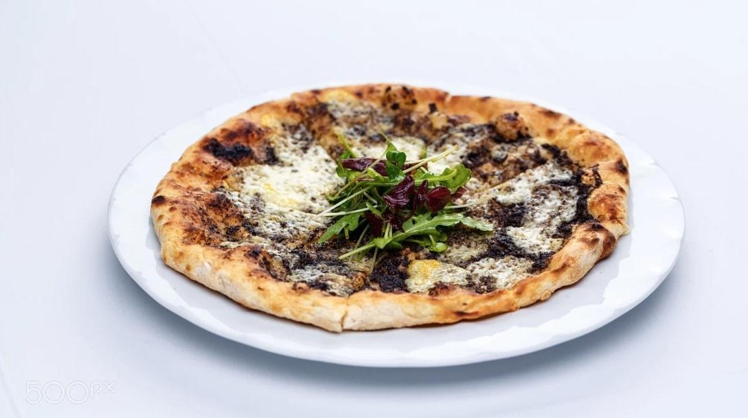 italian pizza with white truffle alba