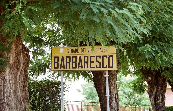 barbaresco city entrance