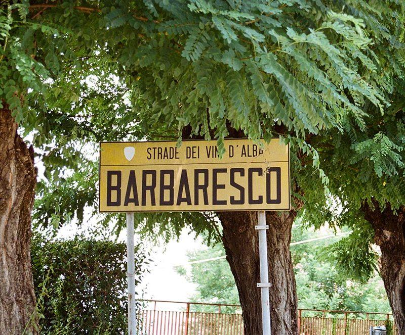 barbaresco city entrance